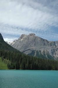 emerald-lake-533852_640